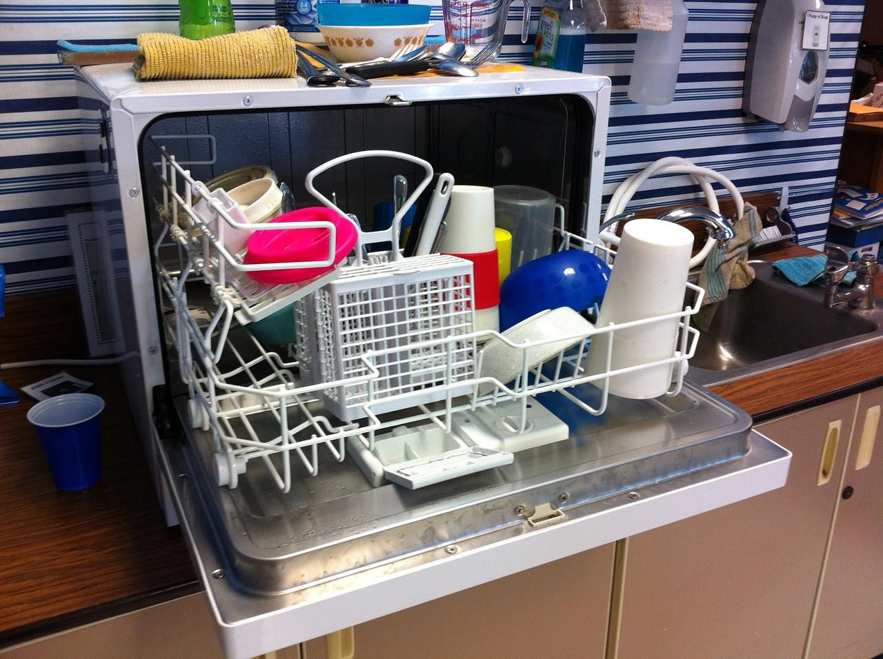 Comment entretenir votre lave-vaisselle : nos conseils