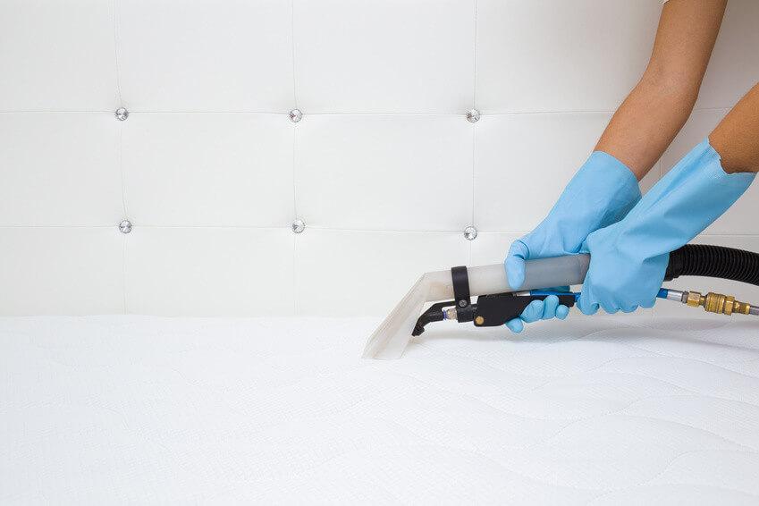 Les méthodes les plus efficaces pour nettoyer son matelas