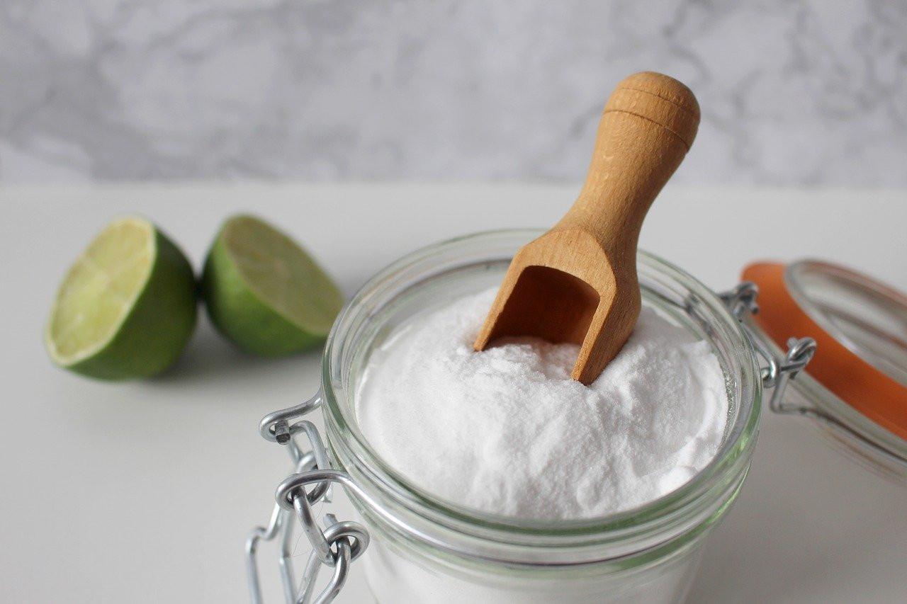 Le Bicarbonate de soude, allié de choix pour un nettoyage sain