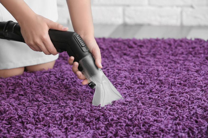 Offrez un bon nettoyage à votre moquette grâce à la vapeur