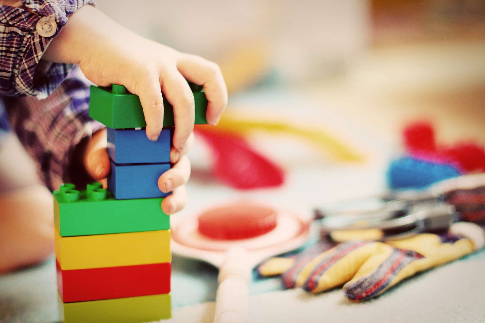 Comment nettoyer efficacement les jouets des enfants?